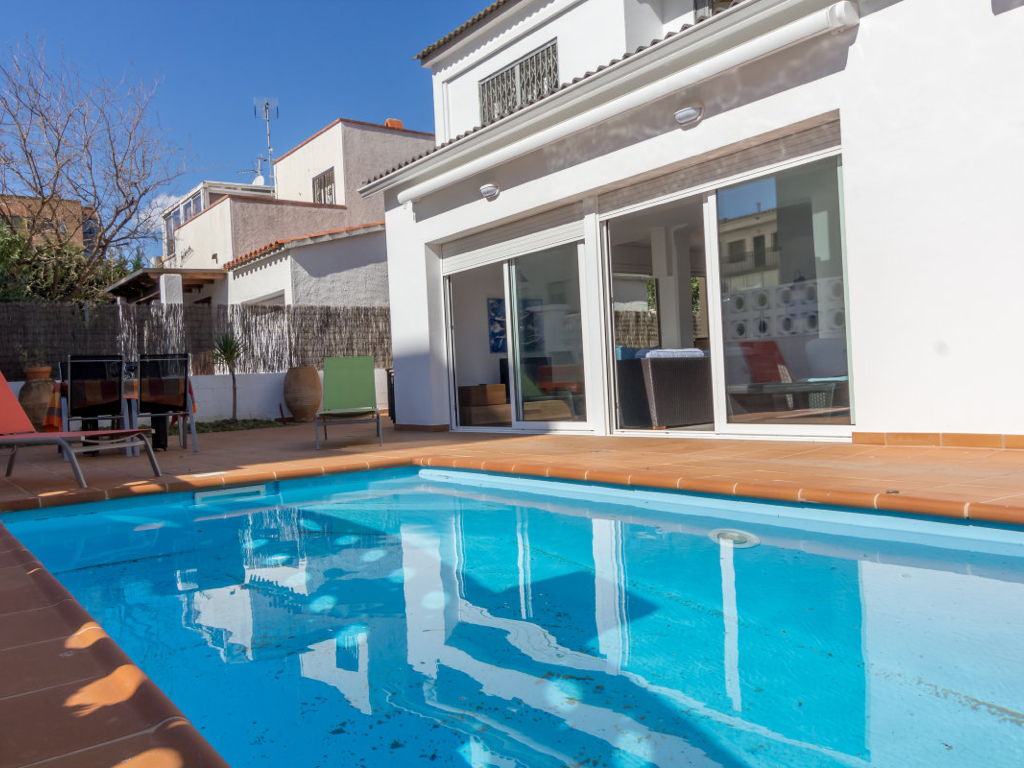 Alquiler apartamentos roses 1082 1391363359684d alquiler de vacaciones roses - Alquilar apartamento vacaciones ...