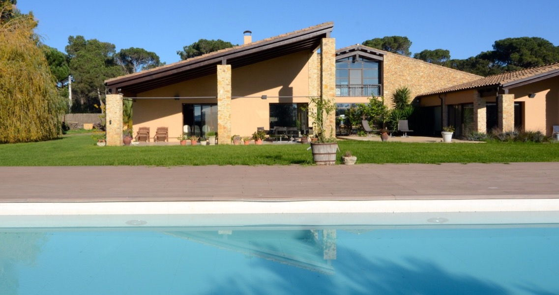 holiday villa costa brava spain
